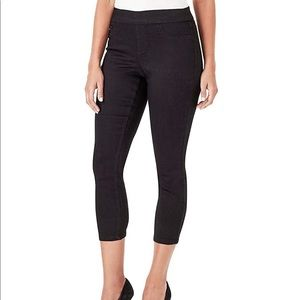 Nine West Heidi Pull on Skinny Crop Black Pant 14
